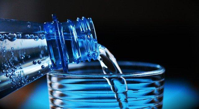 picie wody w ciąży